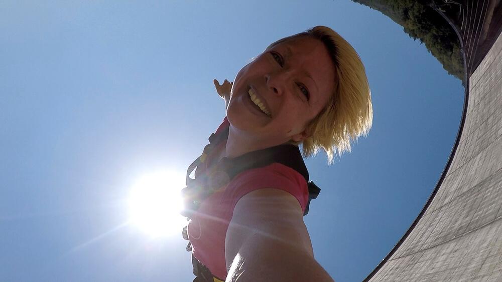 007 Bungy Jump mit Gopro Hero Kamera | Trekking Team AG