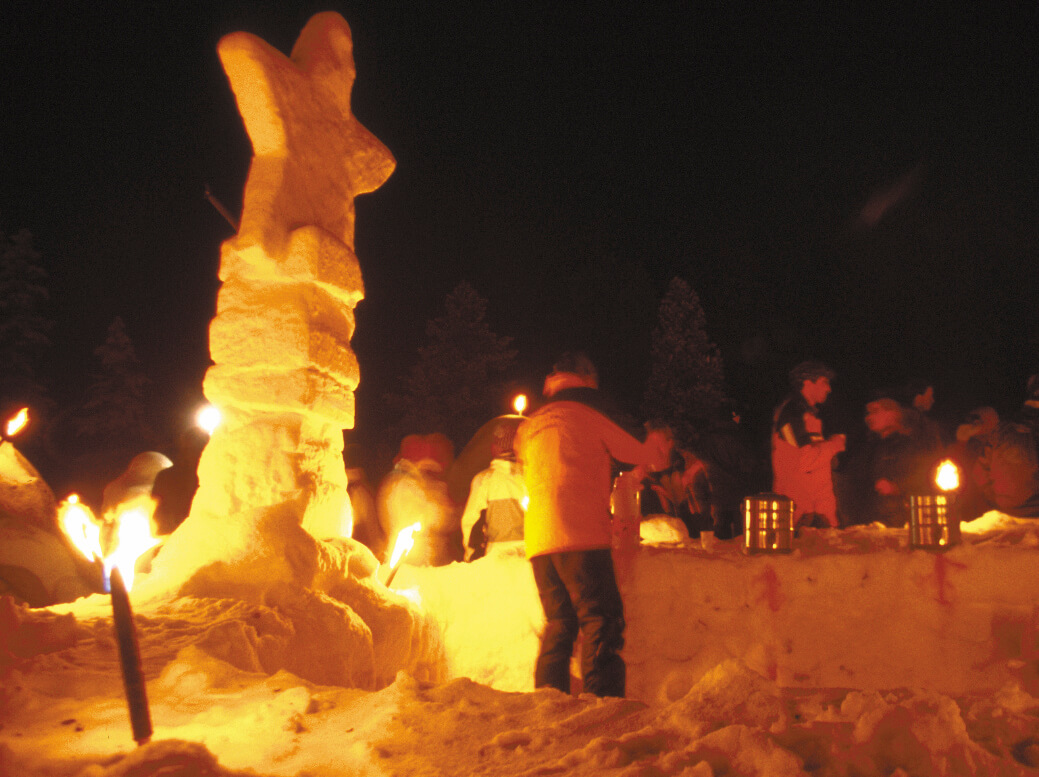 Schneebar & Schneeskulpturen Bau | Trekking Team AG