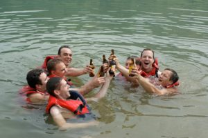 Katamaranflossbau | Trekking Team AG
