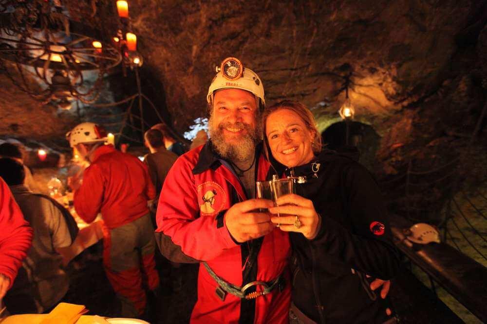 Stimmungsbild Höhlen-Raclette   Trekking Team AG